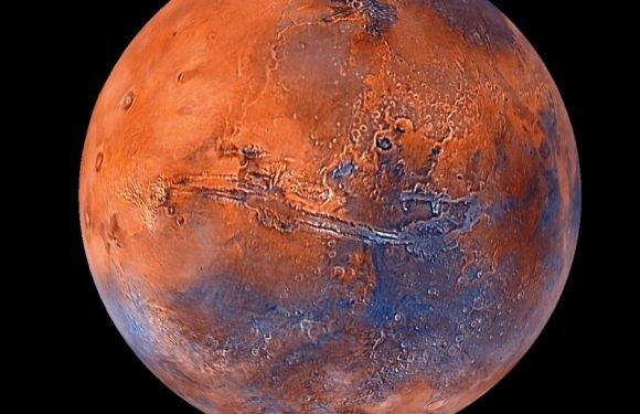 Ученые: Размножение людей на Марсе возможно