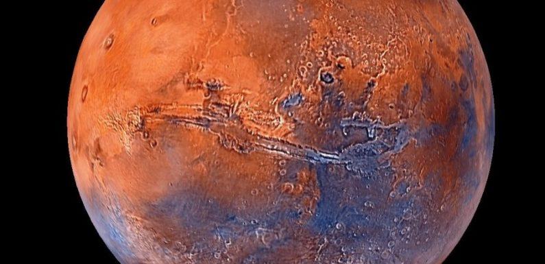 Озера жидкой воды у южной ледяной шапки Марса могут быть просто миражами