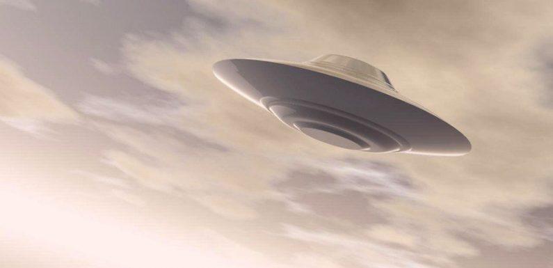 Пилоты сообщили об НЛО, замеченным над Ирландией