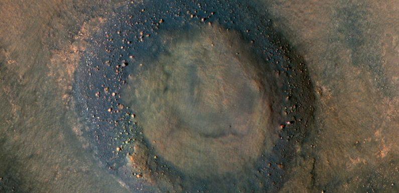 Марсианские оползни похожи на земные аналоги
