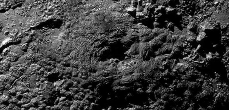 Горы на Плутоне оказались не ледяными вулканами